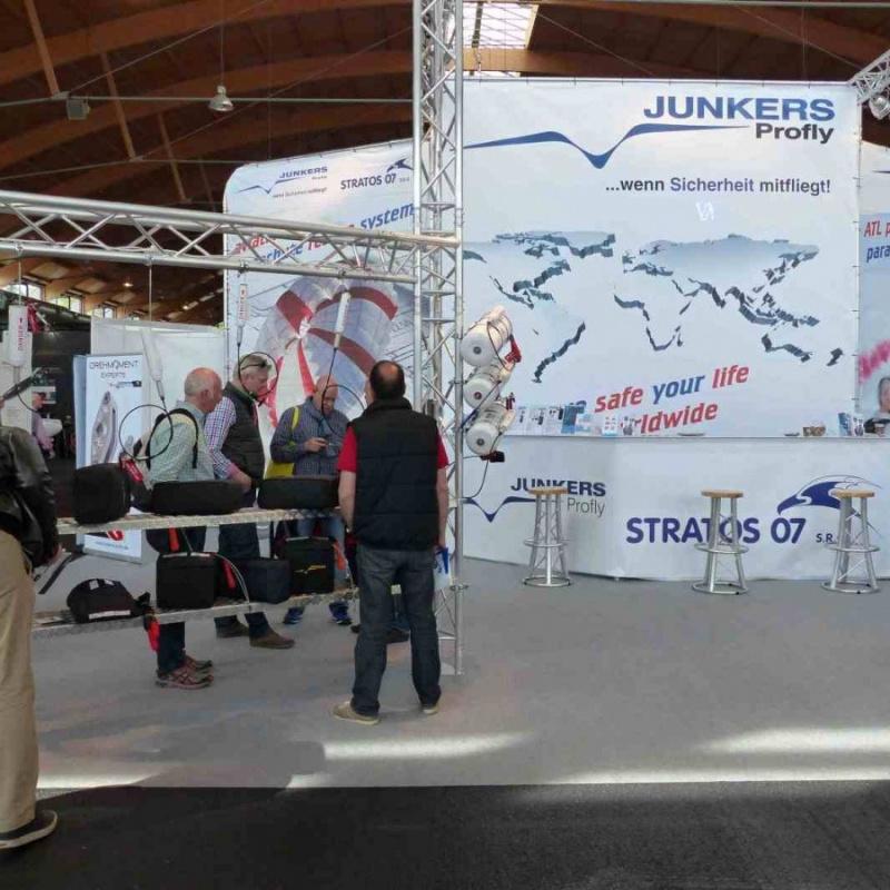 Stánek Stratos07/Junkers